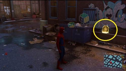 唐人街3:地面垃圾桶旁